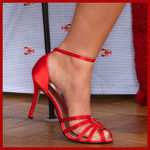 Ricki Lynn ~ A Southern sweety with a passion for feet  ... 1-877-296-3338